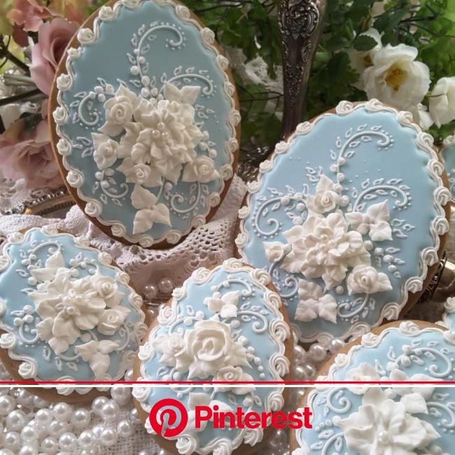Wedgewood-ish Cookies   Elegant cookies, Cookie decorating, Beautiful cookies #beauty,#skincare