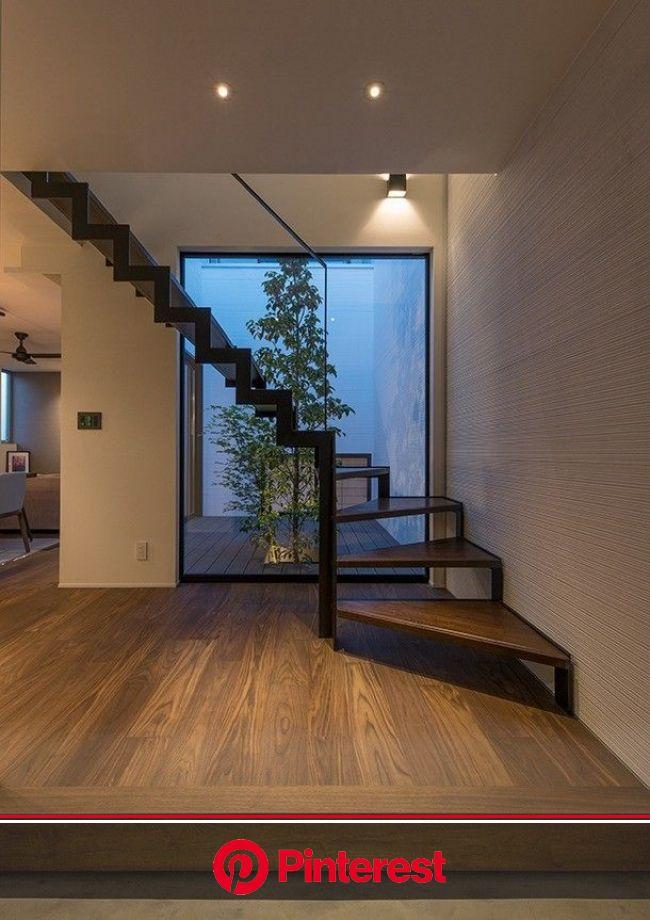 家の第一印象は「玄関」で決まる!おしゃれで機能的な玄関インテリアコーデまとめ | 玄関ホール デザイン, モダンな家, 玄関 モダン #beauty,#skincare