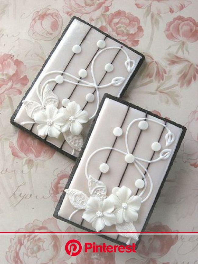 Floral Lace Wedding Cookies   Wedding cookies, Flower cookies, Cookie decorating #beauty,#skincare